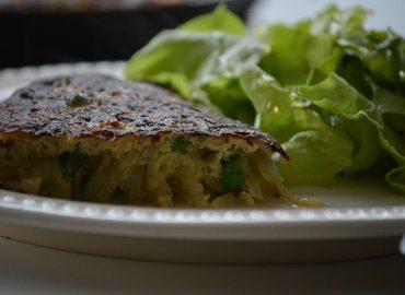 Tortilla de Cebolla y Arvejas - Laura Di Cola