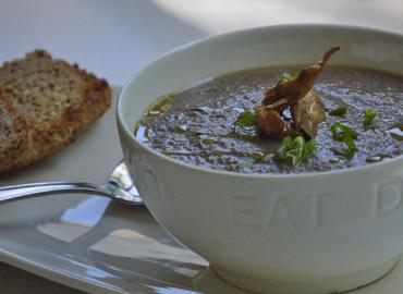 Sopa cremosa de Hongos - Laura Di Cola