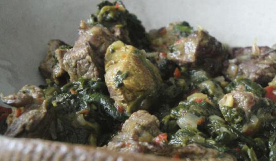 Carne con espinacas - Laura Di Cola