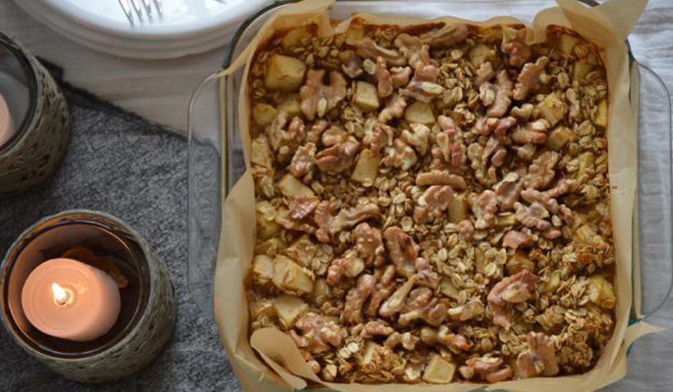 Tarta de manzanas y avena - Laura Di Cola