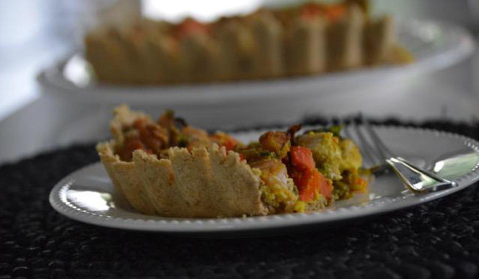 Tarta de pollo, zanahoria y hongos - Laura Di Cola